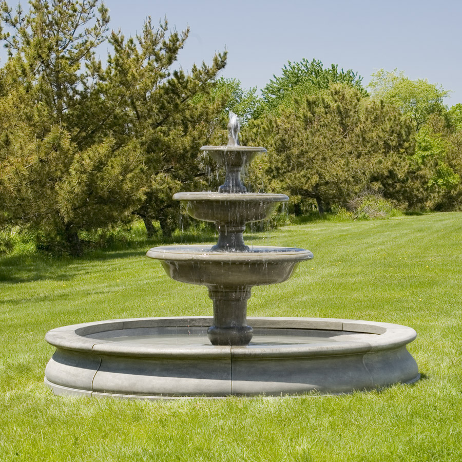 Campania - Newport Fountain