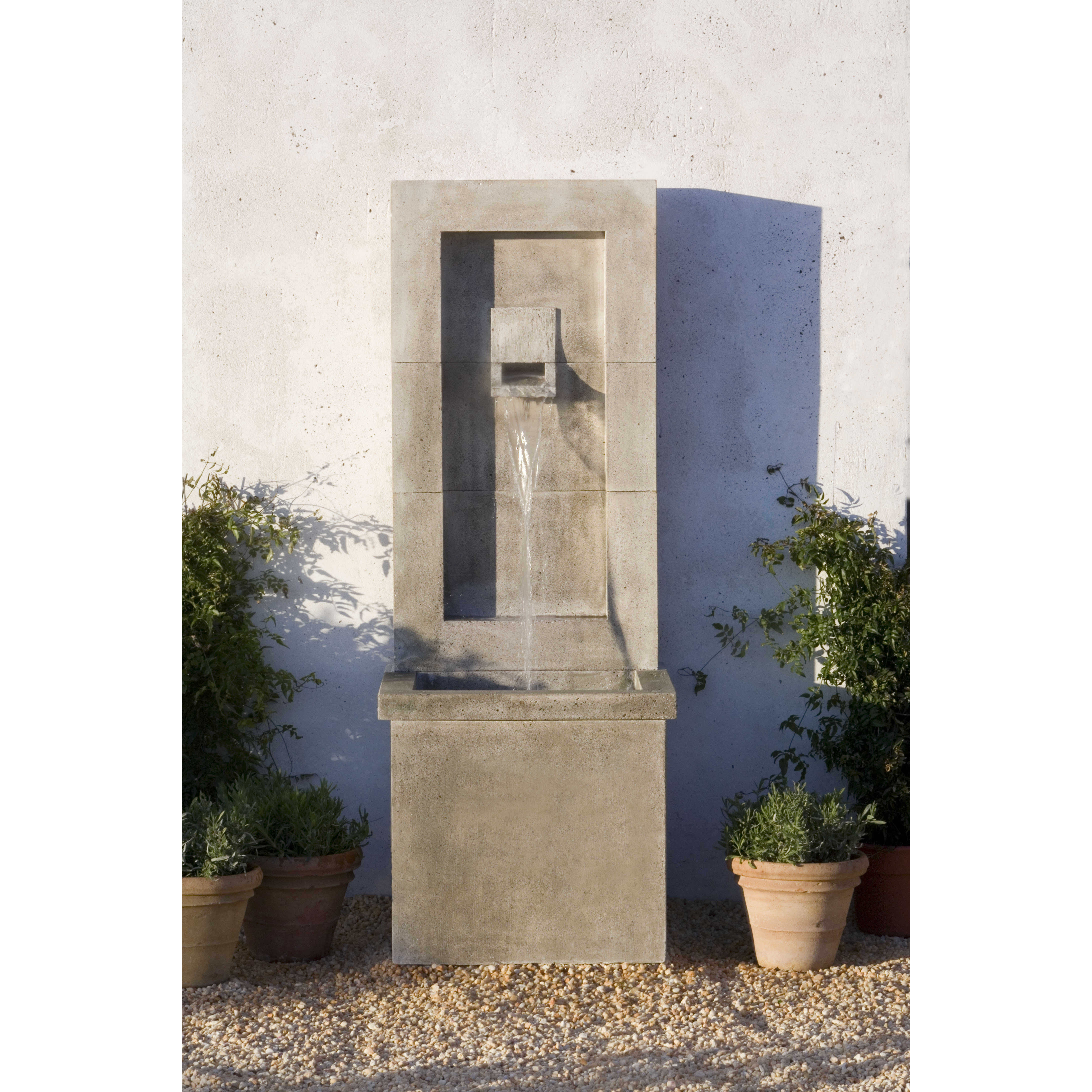 Campania - Moderne Fountain