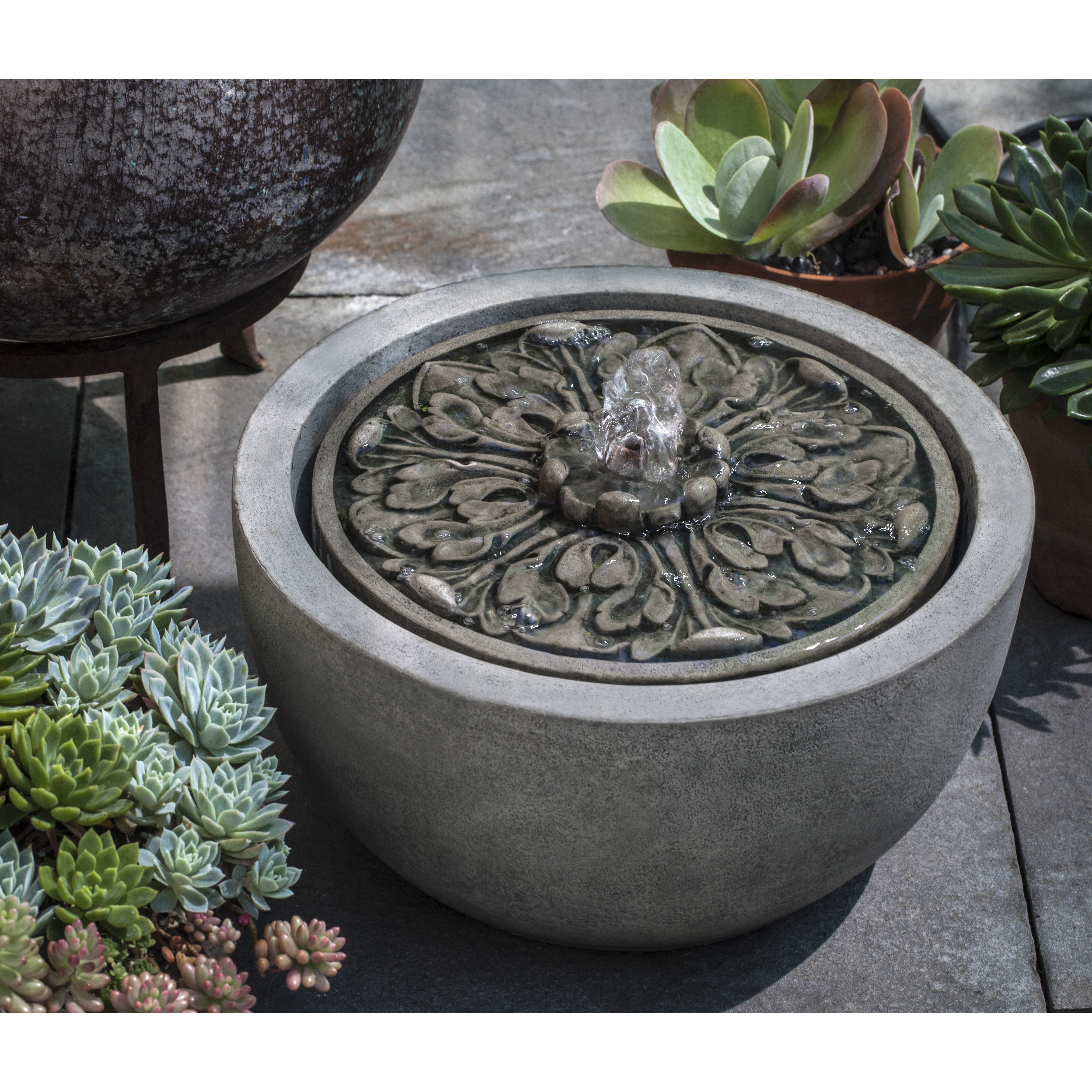 Campania - M-Series Medallion Fountain