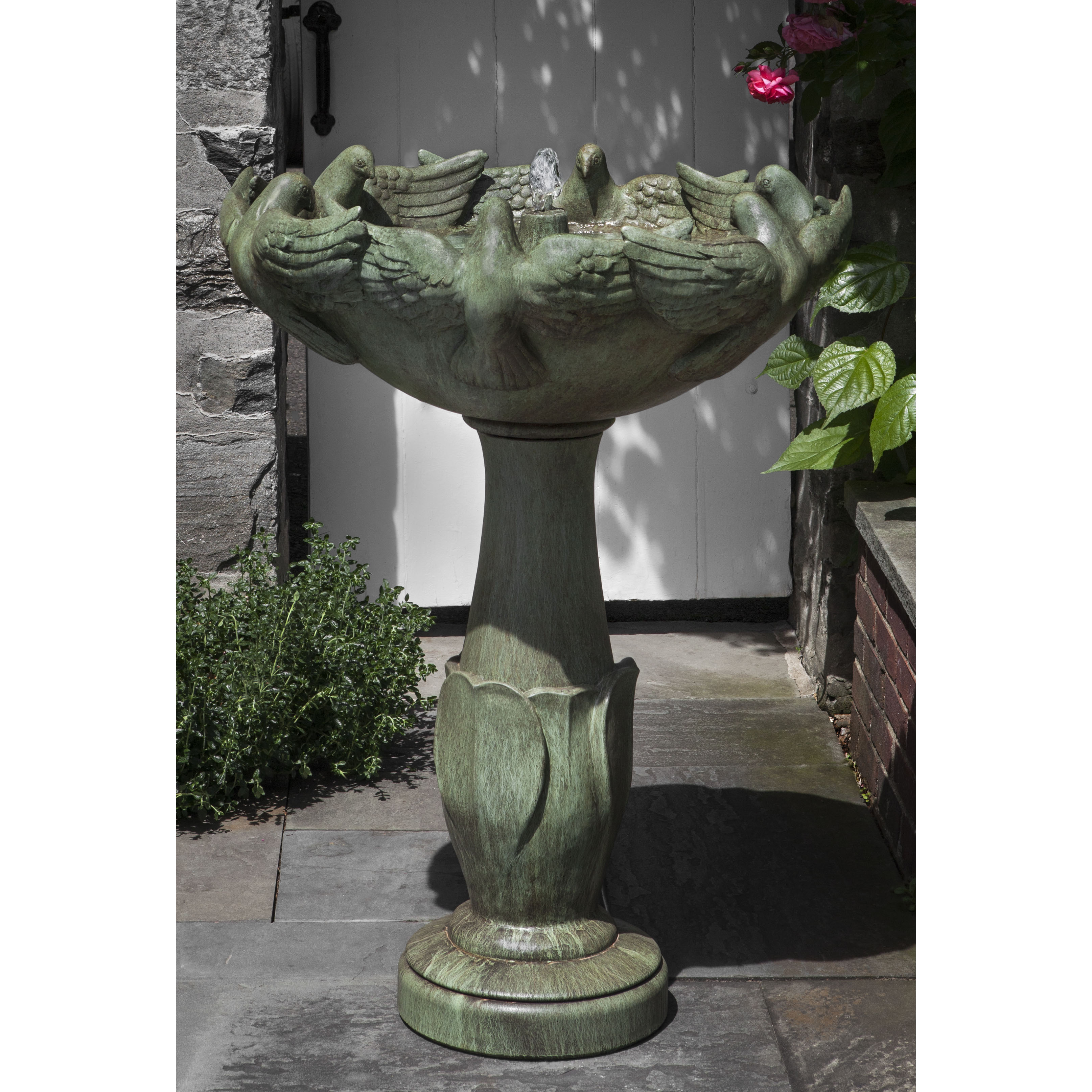 Campania - Newport Dove Fountain